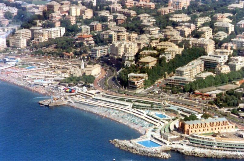 Elpis Genova ai bagni Lido